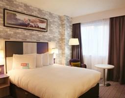 Hotels***/****